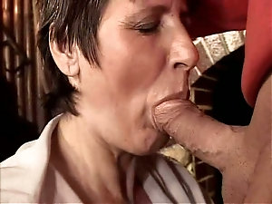 mature pussy pictures close up